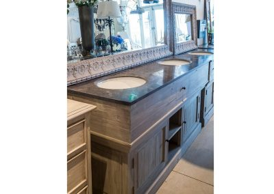 Bathrrom Vanity 2 basins